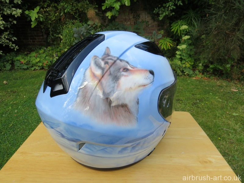 wolf head on helmet.